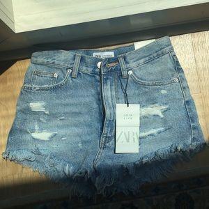 Zara high rise frayed jean shorts
